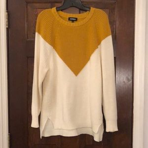 Express Chevron Crew Neck Sweater